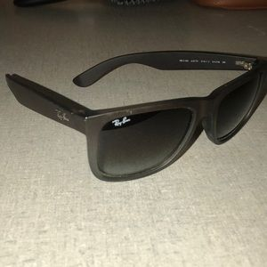Ray - Ban Authentic Justin Rubberized (Brown)